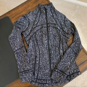 Like New Lululemon Define Jacket Black Gray Sz 6